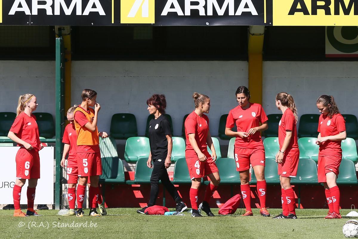 Standard Section Feminine Stade De Reims 2 1 Standard De Liege